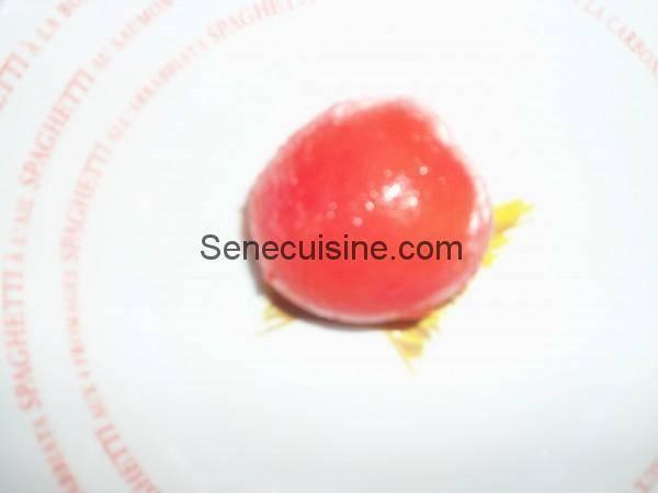 Tomate pelée