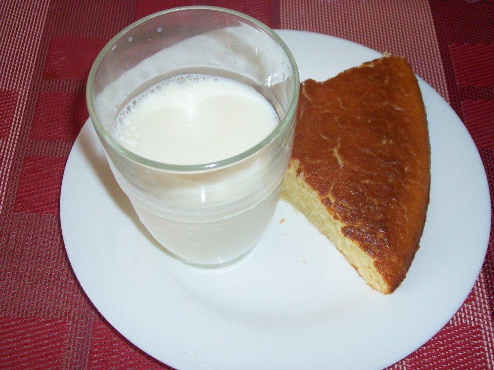 G teau au yaourt senecuisine - Gateau avec beaucoup de lait ...
