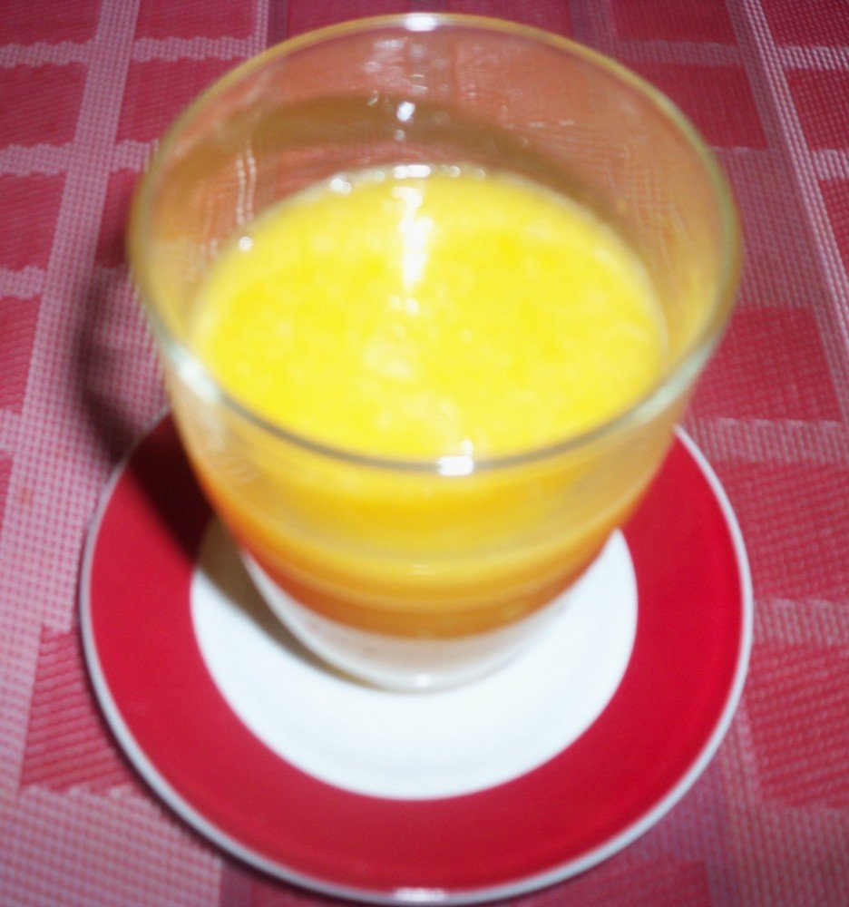 Mangue Ananas Orange smoothie