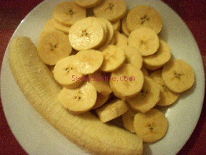 Bananes plantain coupées en morceaux