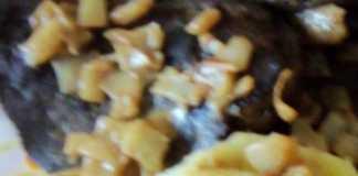 Foie de boeuf aux pommes de terre et à la sauce moutarde