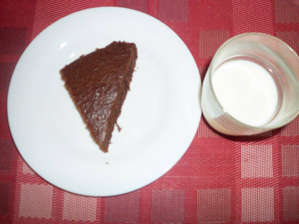 Moelleux au chocolat accompagné de lait