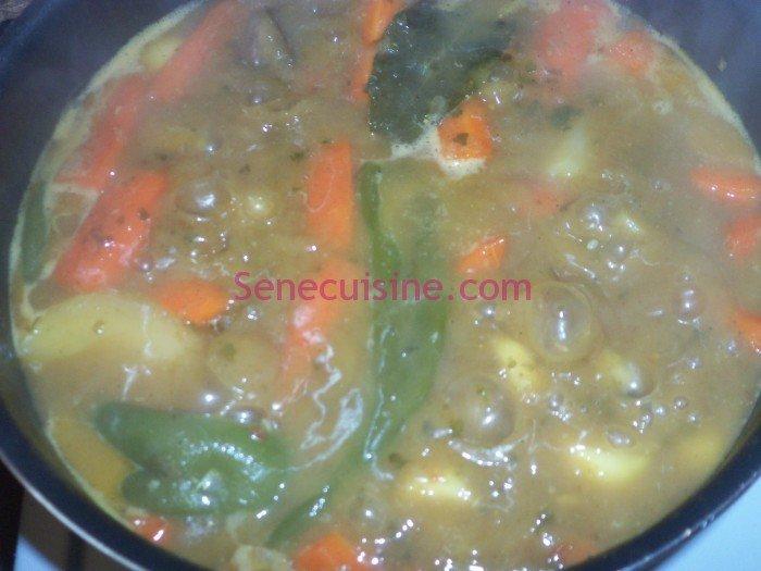 Préparation couscous poulet légumes 13