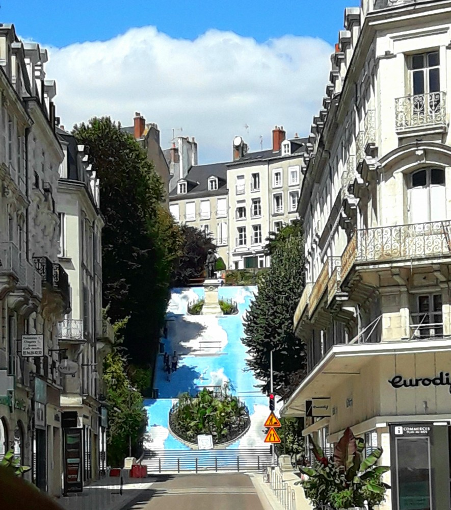 Escalier Denis Papin à Blois